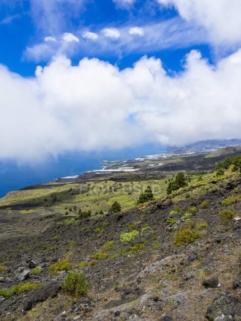 Spanien, Kanarische Inseln, La Palma, Puerto Naos, Küste und Wolken — Stockfoto