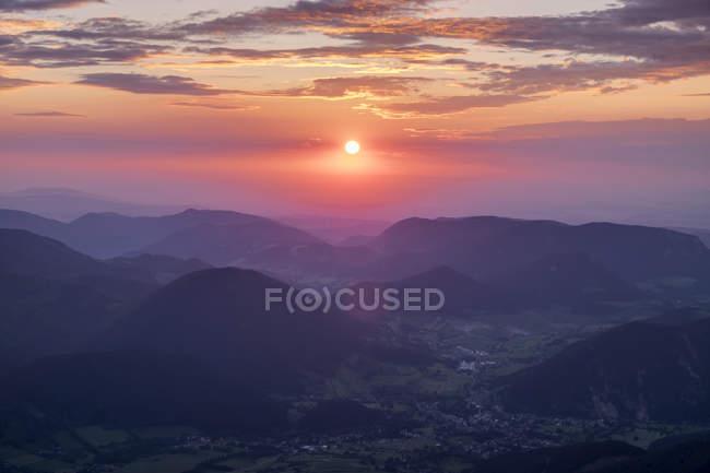 Austria, Lower Austria, Vienna Alps, View from Schneeberg to Puchberg am Schneeberg at sunrise — Stock Photo