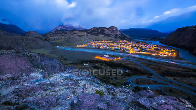 Argentina, Patagonia, view to El Chalten at sunrise — Stock Photo