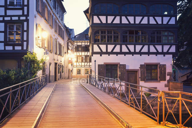 France, Strasbourg, Pont du Faisan over River Ill — Foto stock