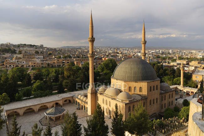 Turkey, Anatolia, Mevlid-i Halil Camii, Dergah mosque during daytime — Foto stock