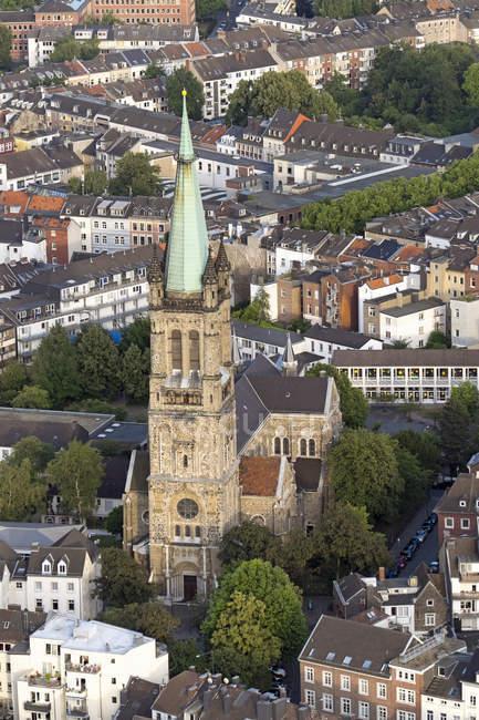 Germania, Nord Reno-Westfalia, Aquisgrana, veduta aerea del centro città e Chiesa di San Giacomo — Foto stock