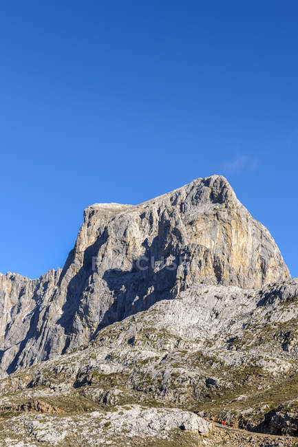 Spain, Cantabria, Picos de Europa National Park, Hiking area Los Urrieles — Stock Photo