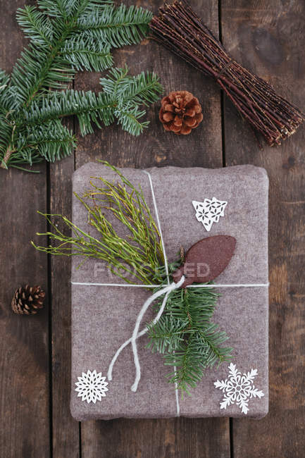 Top view of Christmas gift on wooden table — Stock Photo