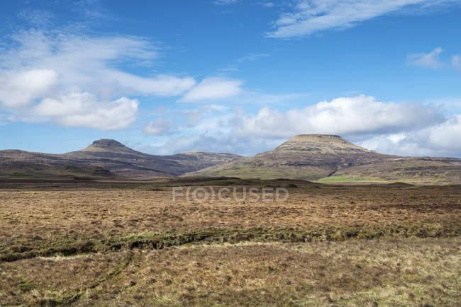 Сполучене Королівство, Шотландії, перегляд Storr із хмари — стокове фото