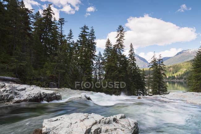 Canadá, Isla Vancouver, Myra Falls a la luz del día - foto de stock