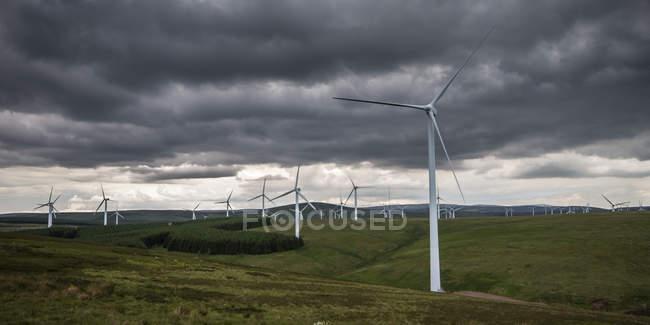 United Kingdom, Scotland, View of wind turbine at Dunbar — Stock Photo