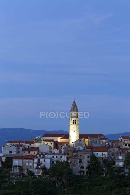 Blick auf die Altstadt Stadt Vrbnik, Krk, Kroatien — Stockfoto