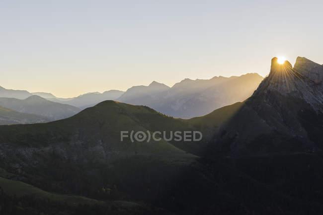 Іспанія Арагон у Піренеях, Ordesa y Монте Perdida Національний парк, Canon de Anisclo при сходом сонця — стокове фото