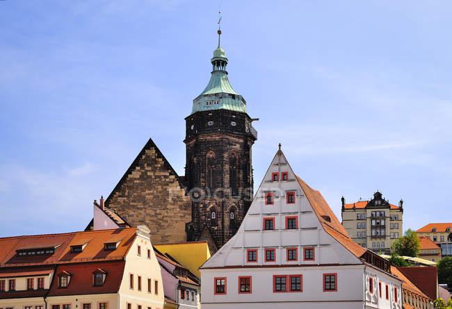 Deutschland, Sachsen, Pirna, Marienkirche und Canalettohaus — Stockfoto