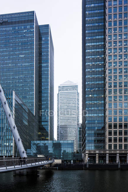 UK, London, Docklands, One Canada Square Building at financal district — Stock Photo