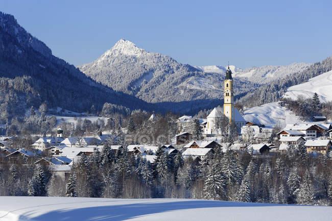 View of Pfronten village, Ostallgu, Allgu, Swabia, Bavaria, Germany — Stock Photo