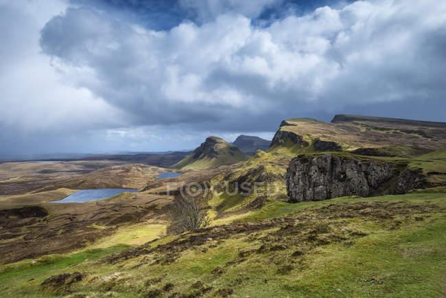 Vereinigtes Königreich, Schottland, malerische Aussicht auf das Hochland mit zitterndem Hügel — Stockfoto