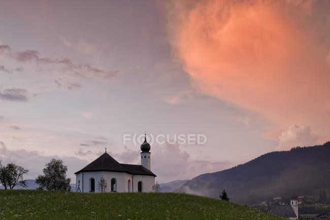 Austria, Tyrol, Schwaz, St. Anne's Chapel in Achenkirch — Stockfoto
