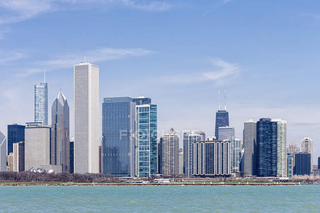 Chicago Skyline mit Michigansee, Chicago, illinois, vereinigte staaten, usa — Stockfoto