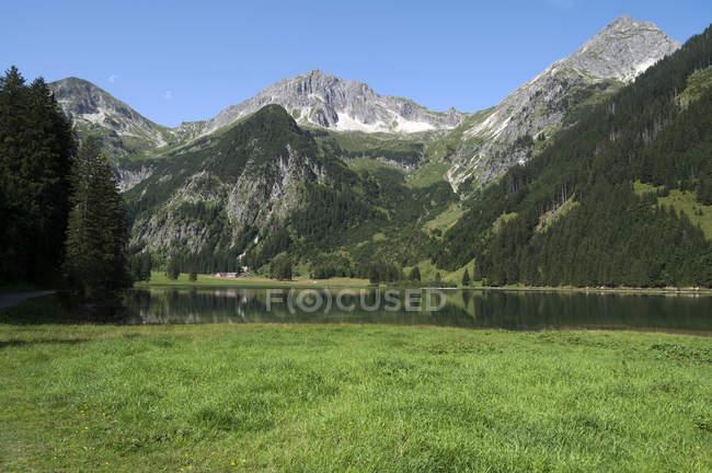 Austria, Tyrol, Lake Vilsalpsee  during daytime — Stock Photo