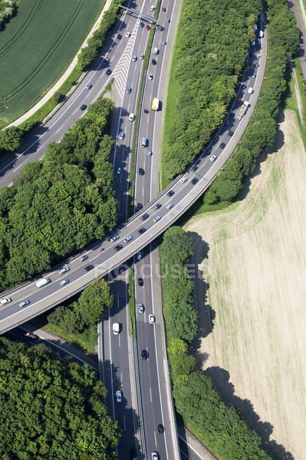 Vista aérea da junção rodoviária durante o dia, Bona, Renânia do Norte-Vestefália, Alemanha — Fotografia de Stock