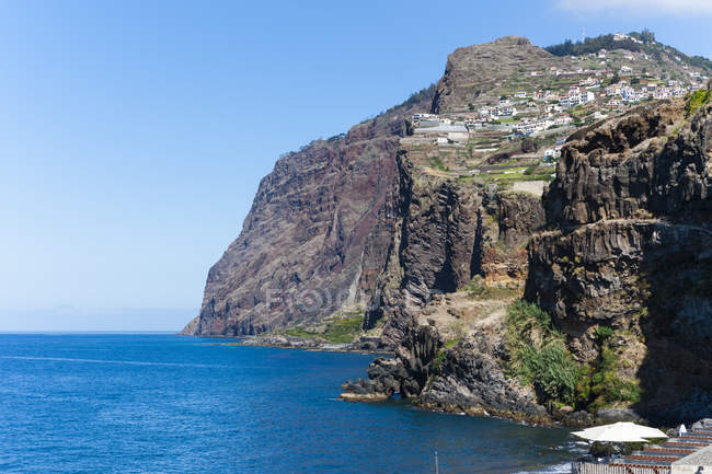 Ver penhascos de Porto de câmara de Lobos, Madeira, perto do Funchal, Madeira, Portugal — Fotografia de Stock