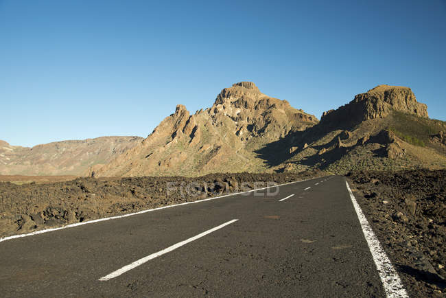Spain, Canary Islands, Tenerife, Teide National Park, road, in the background Montana de Chasna — Stock Photo