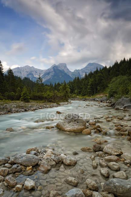 Austria, Tyrol, Karwendel Mountains, Risstal, Rissbach stream in Eng — Stock Photo
