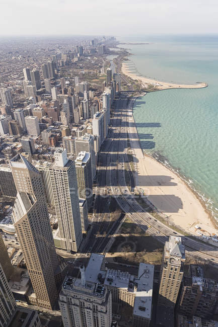 Vista da John Hancock Tower e il lago Michigan a Chicago, Illinois, Stati Uniti — Foto stock