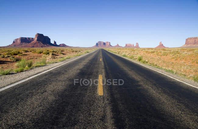 Сша, Юта, дорога в долину Монументов — стоковое фото