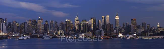Vue panoramique de Manhattan avec rivière Hudson, New York, État de New York, États-Unis — Photo de stock