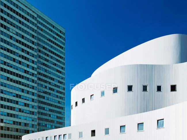 Germany, North Rhine-Westphalia, Dusseldorf, Schauspielhaus and Dreischeibenhaus buildings — Stock Photo