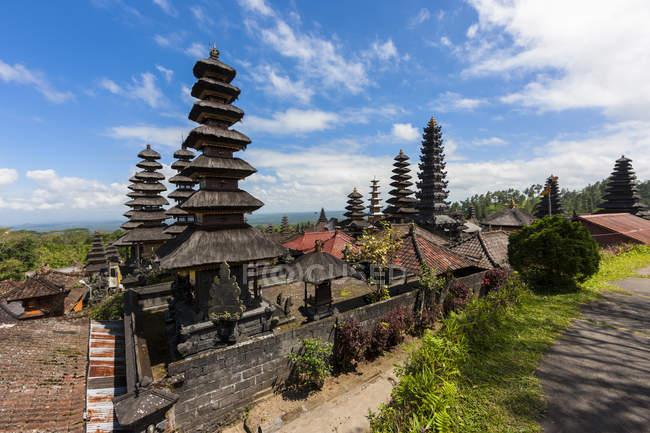 Перегляд Pura Агунг Penataran храм, Індонезія — стокове фото