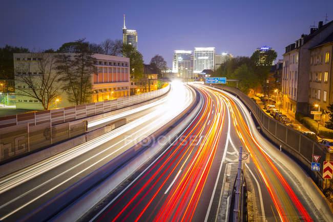 Німеччині, Північний Рейн-Вестфалія, Ессен, Автомагістраль — стокове фото