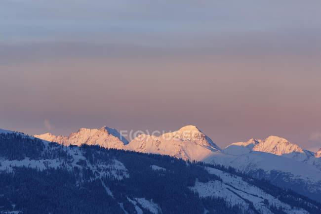 Schladminger Тауерн у вечірній світло, вид з Katschberghhe, Salzburgerland, державного Зальцбург, Австрія — стокове фото