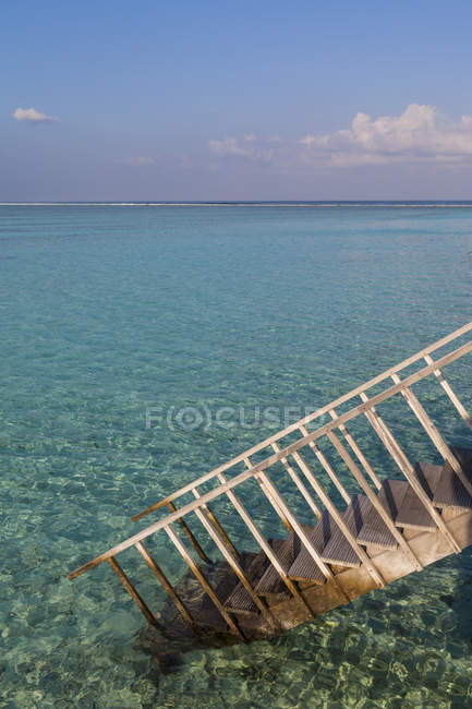 Asia, View of Maldive Islands and view of stairs over water — Stock Photo