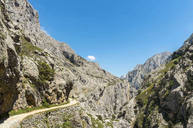 Испания, Астурия, Picos de Europa National Park, Ruta del Cares, Trail from Poncebos to Cain — стоковое фото