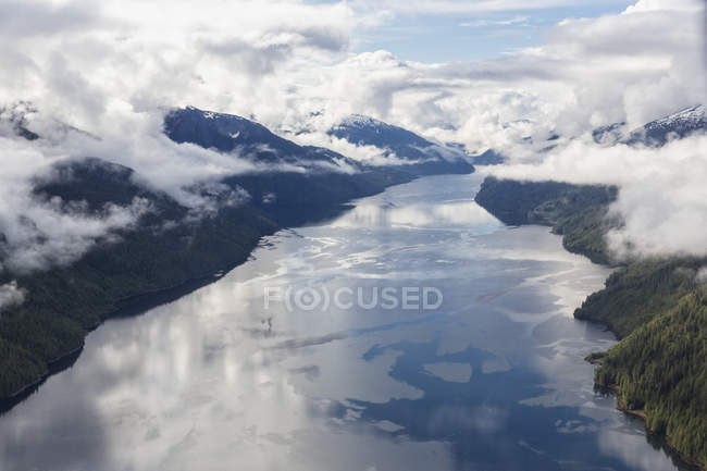 Canada, British Columbia, Khutzeymateen Provincial Park, Great Bear Rainforest, aerial view — Stock Photo