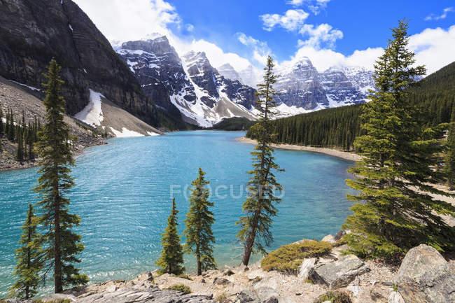 Canadá, Alberta, Parque Nacional de Banff, Moraine Lake — Fotografia de Stock