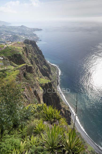 Portugal, Madeira, Cabo Girao, view to Funchal — Fotografia de Stock