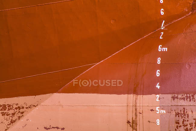 Details of ships bow and scale — Stock Photo