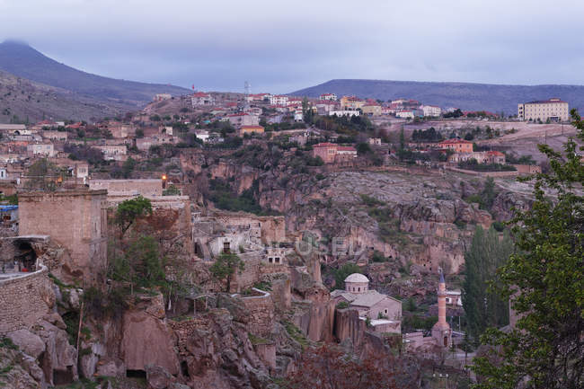 Turkey, Cappadocia, townscape of Guezelyurt during daytime — Stock Photo