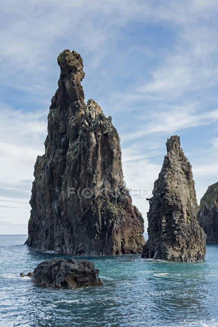 Portugal, Madeira, rock formation near Porto Moniz — Fotografia de Stock