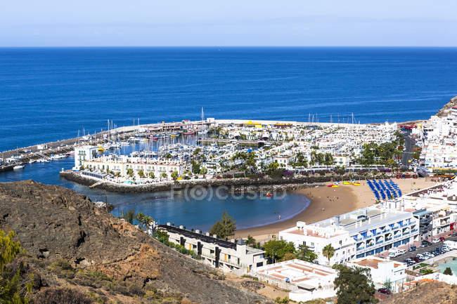 Spagna, Isole Canarie, Gran Canaria, Mogan, Vista su Port de Mogan — Foto stock