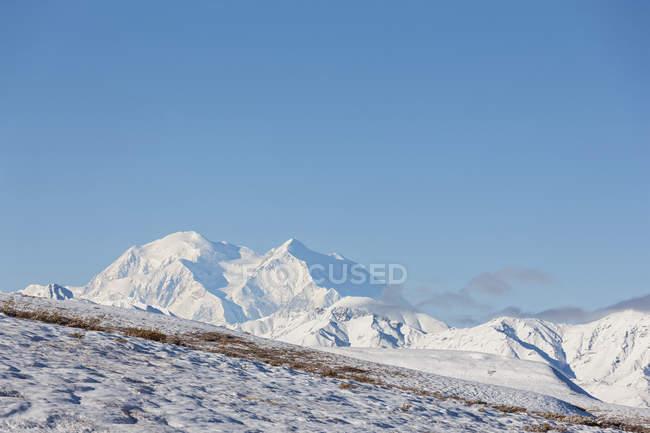 Monte Mckinley, no Parque Nacional Denali, Alasca, Estados Unidos da América — Fotografia de Stock