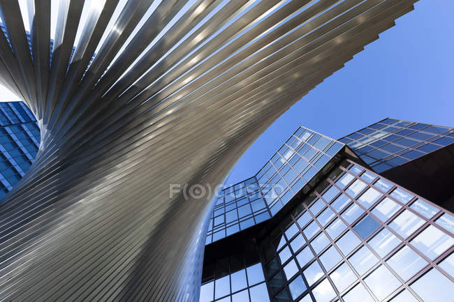 Germania, Assia, Francoforte, moderno edificio bancario — Foto stock