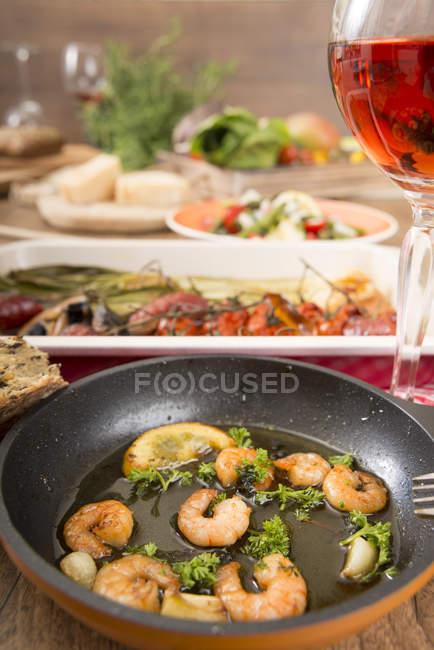 Різноманітні страви середземноморської низький карбюратор — стокове фото