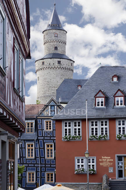 Allemagne, Hesse, Idstein, Old town hall, Schiefes Haus and Witch tower — Photo de stock