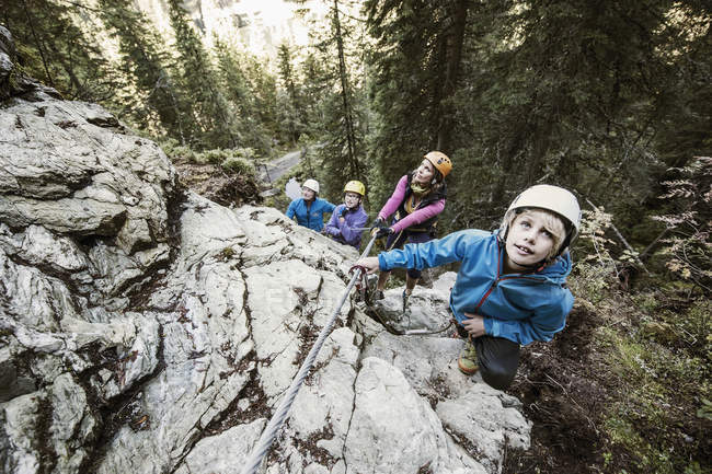 Klettersteig Zauchensee : Klettersteig stockfotos lizenzfreie bilder focused