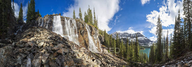Canada, Alberta, Rocky Mountains, Yoho National Park, Seven Veils Falls near Lake O'Hara — Stock Photo