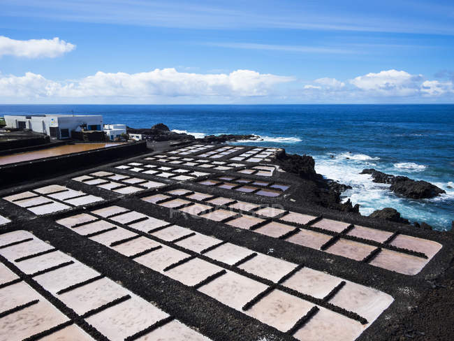 Espanha, Ilhas Canárias, La Palma, Costa Sul, Punta de Fuencaliente, salina Teneguia — Fotografia de Stock