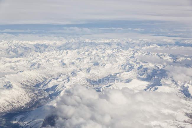 USA, Alaska, Veduta della catena dell'Alaska durante il giorno — Foto stock