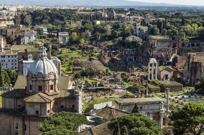 Itália, Roma, Fórum Romanum vista de cima — Fotografia de Stock