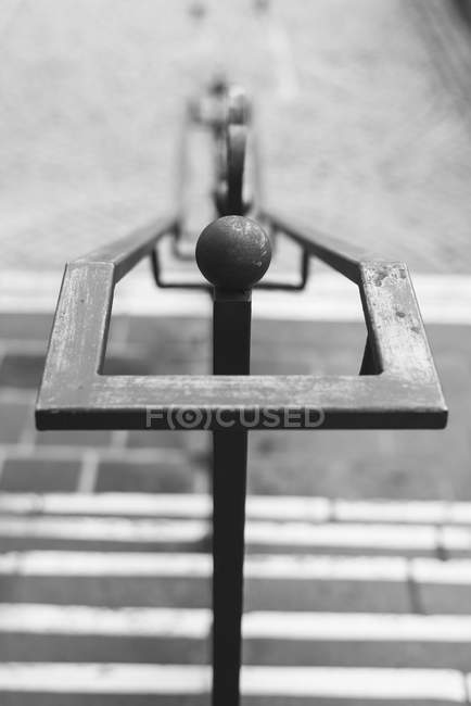 Handrail of staircase outdoors with blurred background — Stock Photo